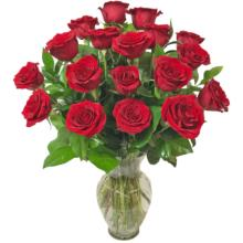 ROSE ROYALE 18 Red Roses Vase